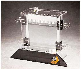 IBI SCIENTIFIC社 垂直型電気泳動槽 18x22cm、最大20サンプル